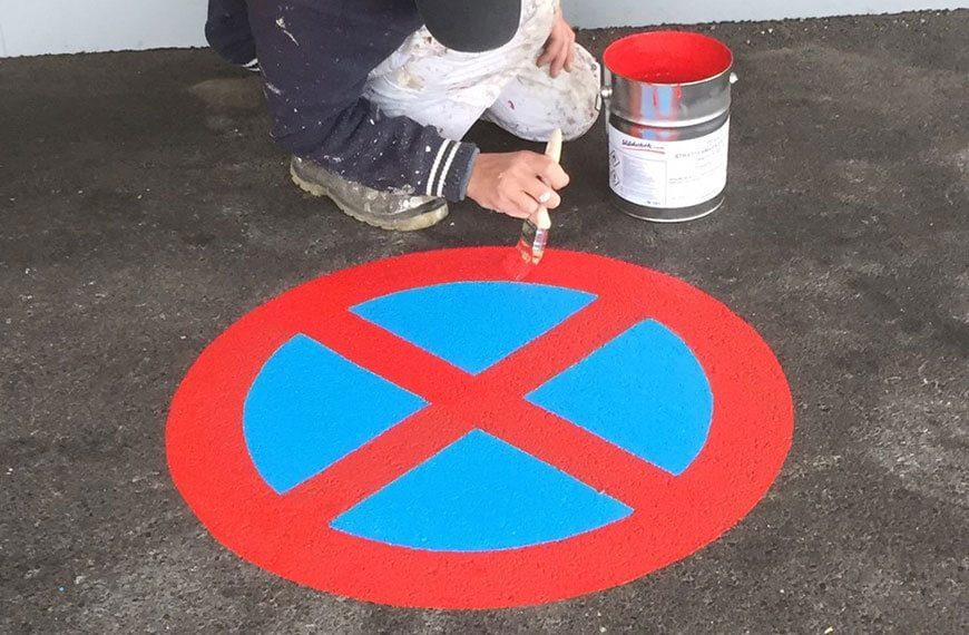 Markierung Parkverbot Wohnanlage Salzburg-Maxglan Durchner